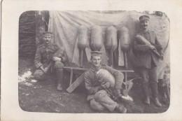Foto Deutsche Soldaten 1.Weltkrieg Französischer Minenwerfer Mine Thrower Granatwerfer Schützengraben Beute Frankreich - Krieg, Militär