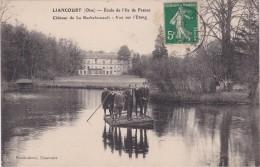 LIANCOURT - Ecole De L'Ile De France - Château De La Rochefoucault - Etudiants Sur Un Radeau Improvisé - Beau Plan - Liancourt