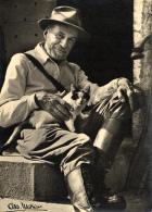 97441 - Illustrateur   Albert Monnier    Henri Pourrat Et Son Petit Chat (1887-1959) - Monier