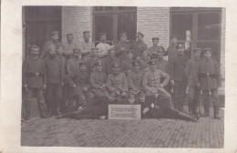 Foto Deutscher Soldat 1.Weltkrieg Kriegsgefangenen-Erholungsheim 525 Russische Soldaten Kosaken Russland Feldpost 402 - Guerre, Militaire