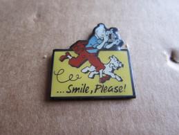 PINS TINTIN REPORTER ET MILOU SMILE PLEASE ! - Cómics
