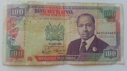 KENIA 100 SHILLINGS 1992 - Kenia