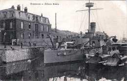 DUNKERQUE - DÈFENSE MOBILE, Kriegsschiff Im Hafen, Karte Um 1900 - Krieg