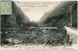 REUNION CARTE POSTALE DEPART CAMBUSTON 16 OCT 05 REUNION POUR MADAGASCAR - Réunion (1852-1975)