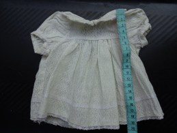 Petite Robe Po Poupee -t 40 2 Boutons En Verre Au Dos - Other Collections
