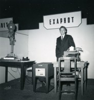 France Paris Salon Photo Ciné Son Stand Exaphot Ancien Snapshot Amateur 1951 - Professions