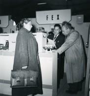 France Paris Salon Photo Ciné Son Stand Fex Ancien Snapshot Amateur 1951