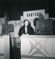France Paris Salon Photo Ciné Son Stand Hortson Ancien Snapshot Amateur 1951 - Professions
