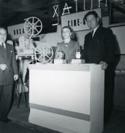France Paris Salon Photo Ciné Son Stand Cine Guide Ancien Snapshot Amateur 1951 - Professions