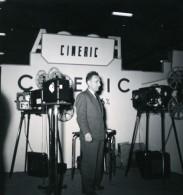France Paris Salon Photo Ciné Son Stand Cineric Ancien Snapshot Amateur 1951