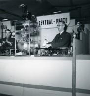 France Paris Salon Photo Ciné Son Stand Central Photo Ancien Snapshot Amateur 1951 - Professions