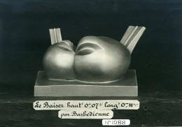 France Paris Art Deco Atelier Cadran Le Baiser Par Barbedienne Ancienne Photo 1930 - Objects