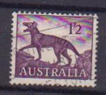 AUSTRALIA  1959 SERIE ORDINARIA  ANIMALI E FIORI UNIF. 325 USATO VF - 1952-65 Elizabeth II: Ediciones Pre-Decimales