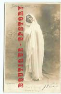 TANAGREENNE < PAULA MONTI - TANAGRA FEMME DRAPEE DEBOUT - DOS SCANNE - Femmes Célèbres