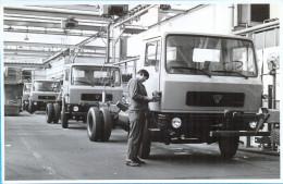 EX.YU. Slovenia.Maribor. TAM. The Automobil Factory. 3photos 11,5 X17,7 Cm. - Cars