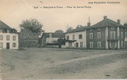 SAINT JEAN LE VIEUX - Place Du Jeu De Paume - France