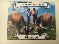 710 -  Suisse Valais Muscat La Goutte Du Mayen Vaches & Accordéoniste - Etiquettes