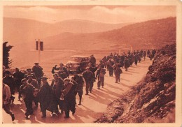 ¤¤   -   17   -   Sur La Route De BANUYLS    -    Miliciens Se Dirigeant Sur ARGELES   - Guerre D´Espagne  -  ¤¤ - France