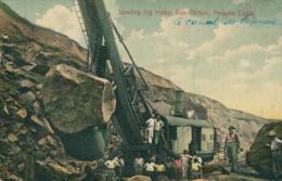 PA PANAMA DIVERS / Loading Big Rocks / CARTE COULEUR - Panama