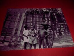 B655  Leopoldville Congo Bambini Viaggiata - Kinshasa - Leopoldville