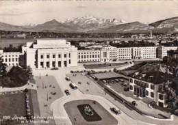 Switzerland Geneve Le Palais des Nations et le Mont-Blanc