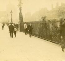 Tour De Londres ? Touristes Ancienne Photo Amateur Stereoscope Pourtoy 1900 - Stereoscopic
