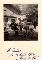 Photo Originale Suisse - Genève - 1200 - A La Terrasse D'un Café Restaurant - Chalet Le 11.08.1954 - Lieux