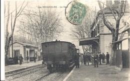 C P A    -   BRIGNOLES   La Gare Avec Le Train - Brignoles