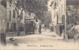 C P A    -   CUERS  La  Route  De  Nie Arrivée De La Calèche - Cuers