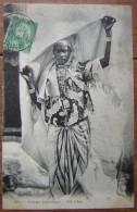 Tunisie Jolie CPA Ethnique: Femme Mauresque - Tunisie