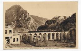 SISTERON - N° 10 - LES PONTS SUR LA DURANCE AVEC TRAIN - CPA NON VOYAGEE - Sisteron