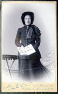 PHOTO FORMAT CDV ARMEE DU SALUT    FEMME EN TENUE OFFICIELLE  RARE - Anciennes (Av. 1900)