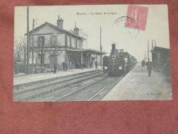 HOUILLES   1905   LES  QUAIS DE LA GARE AVEC TRAIN A VAPEUR   EDIT - Houilles