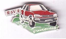 V437 Pin´s Voiture Toyota Car 4x4 Fun Cruise RAV4  Achat Immediat - Toyota
