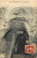 - Indre Et Loire -ref A551- Marmoutier - Grotte Miraculeuse Creusee Par Saint Martin - Grottes - Religions - GB N°8 - - Altri Comuni