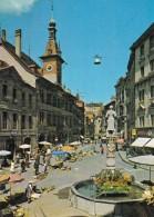 LAUSANNE : Place De La Palud, Hôtel De Ville Et Fontaine De La Justice (très Animée, Marché, ...) - VD Vaud