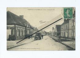 CPA  -  Tremblay Le Vicomte  -  La Grande Rue  (  Auto , Voiture Ancienne ) - France