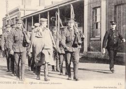-cpa Guerre 14/18  Officiers Allemands Prisonniers - Guerre 1914-18