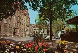 AK München-Schwabing - Elisabethplatz Mit Gewerbeschule Karte N.gel - München