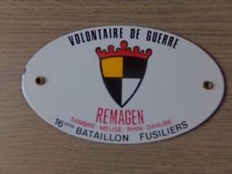 Volontaire De Guerre - Remagen - Sambre- Meuse- Rhin - Danube - 16ieme Bataillon Fusiliers - Otras Colecciones