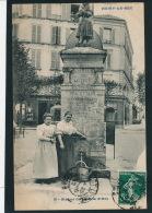 NOISY LE SEC - Statue De Jeanne D'Arc (animation - Vespasiennes ) - Noisy Le Sec