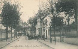 SAINT MAUR DES FOSSES - Le Parc Saint Maur - La Rue De La République - Saint Maur Des Fosses