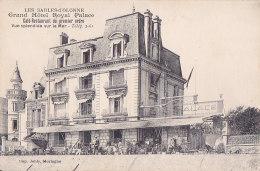 Cpa LES SABLES D'OLONNE - Grand Hôtel Royal Palace - Café Restaurant De Premier Ordre - Sables D'Olonne