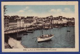 29 DOUARNENEZ Port ; Chalutiers, Canots - Colorisée - Douarnenez