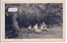 DOUDEVILLE-- CARTE-PHOTO-UN PEU DE REPOS SOUS LES ARBRE-TOP- ETE 1942 - France