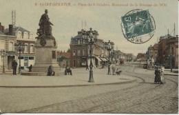 CPA - SAINT QUENTIN - PLACE DU 8 OCTOBRE - MONUMENT DE LA DEFENSE DE 1870 - Saint Quentin