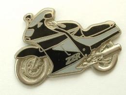 PIN´S KAWASAKI ZZR - NOIRE / GRISE - Motorbikes