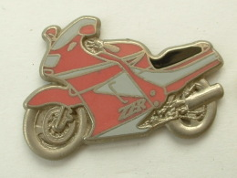 PIN´S KAWASAKI ZZR - ROSE / GRISE - Motorbikes