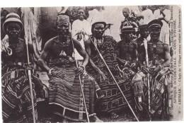 Costa D'Avorio – Abidjan - Chefs De Village Venus Saluer Lr Gouverneur - Costa D'Avorio