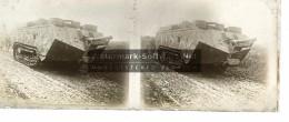 Photo Plaque De Verre / Vue Stéréo / Guerre 14-18 Gros Tank En Marche - Glasplaten